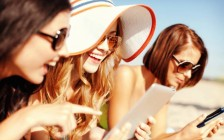 海外旅行先でも「宿」をその場予約できる便利アプリ7選!