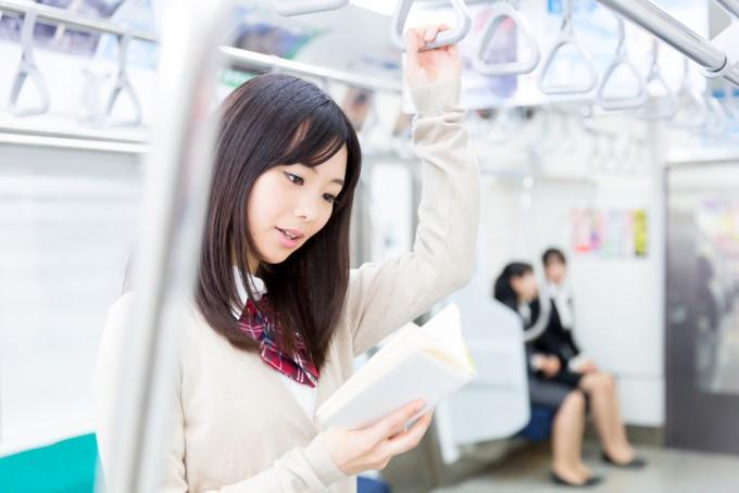短い時間で英語力アップ!電車で出来る13の勉強法