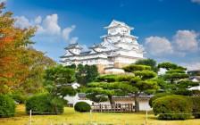 【真っ白な世界遺産】白鷺城と呼ばれる姫路城の美しい景観と歴史