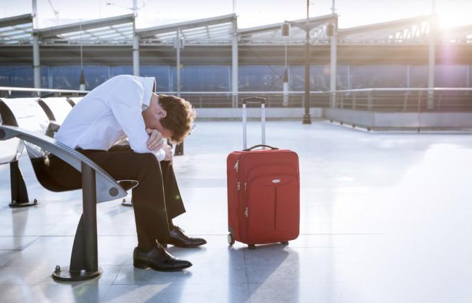 空港トラブル