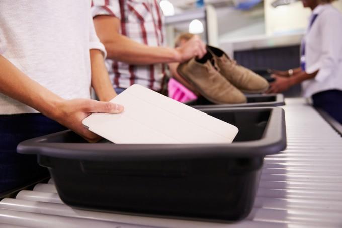 飛行機への持ち込み禁止で没収されやすい17つのアイテム