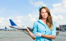 飛行機のトイレに人が吸い込まれる?その噂、現役CAがお答えします。