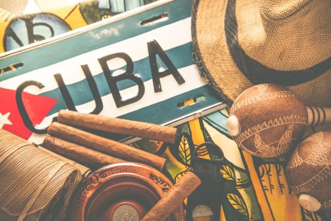 旅先として人気上昇中。絶対買いたいキューバの魅力的なおみやげ7選♡