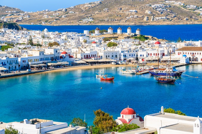 大人女子が夢中になる白の絶景!ギリシャ「ミコノス島」の10の魅力♡