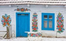 ポーランドの「ザリピエ村」は花柄で溢れかえる!そこは絵本の世界でした