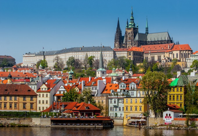 th_Prague_cymk