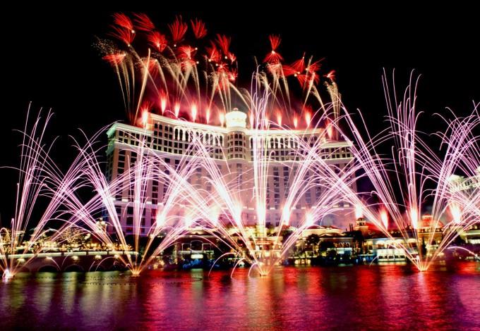 vegas-Fireworks-NYE