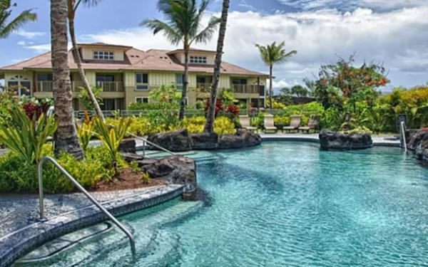 世界中で飛び込め!airbnbで泊まれる「プール付き」物件10選