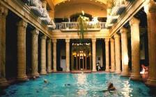 ハンガリー温泉