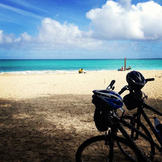 ビーチと自転車