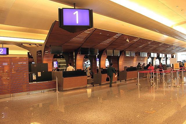 空港カウンター