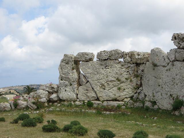 マルタの巨石神殿群