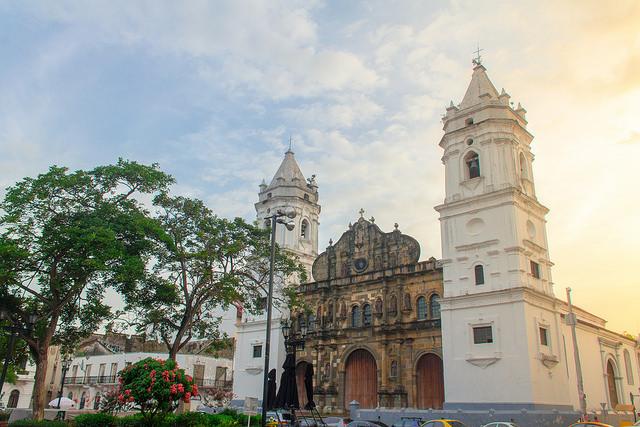 パナマ・ビエホ古代遺跡とパナマの歴史地区