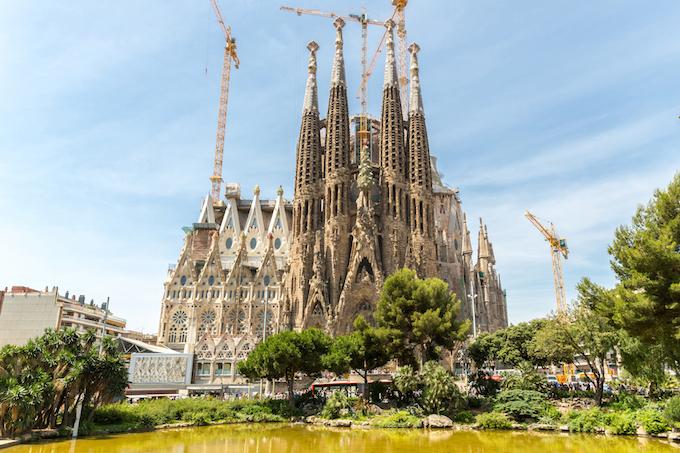 ふたりで、バルセロナでガウディとモダニズモ建築探訪7日間