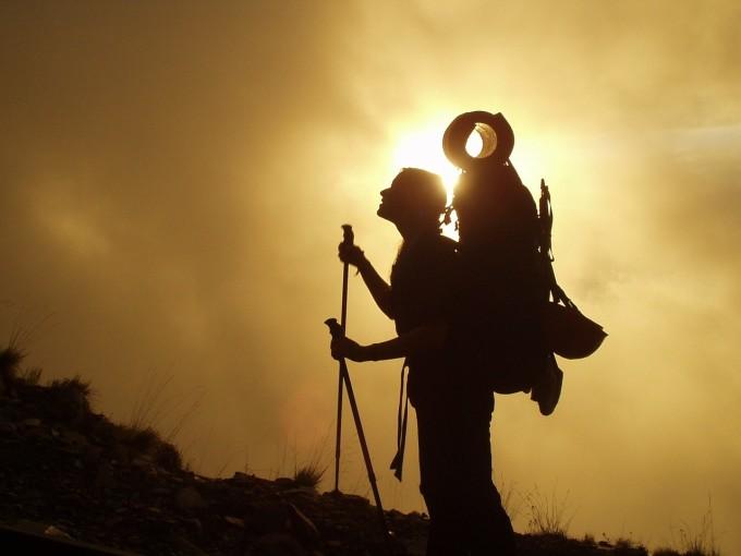 trekking-245311_1280
