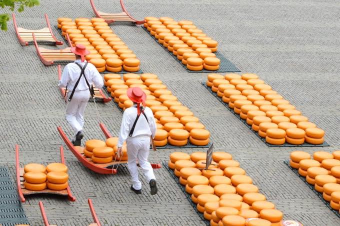 アルクマールのチーズ市
