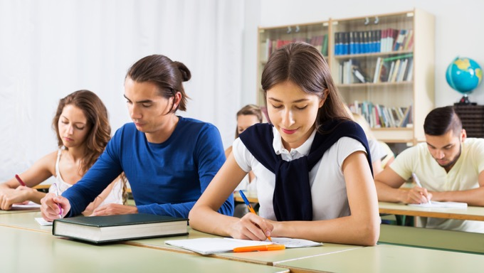英文法から勉強する