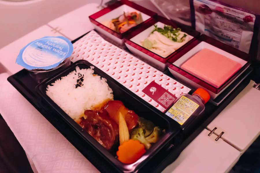 カタール航空の食事和食
