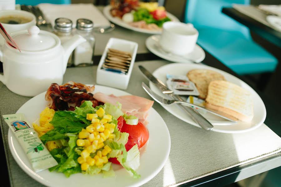 ジョベルティ アートホテルの朝食ビュッフェ
