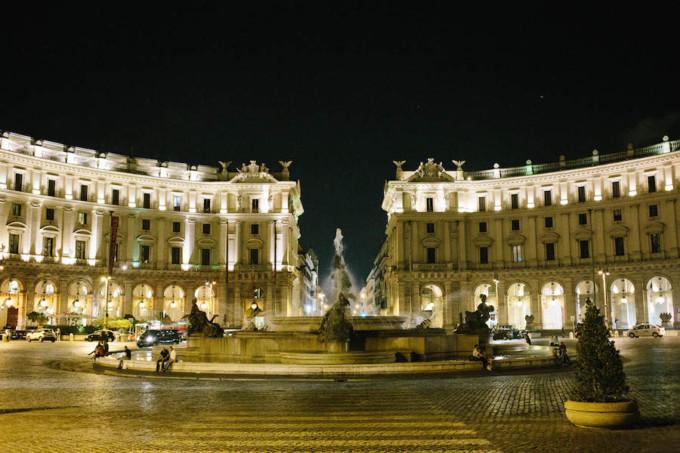 夜の美しすぎるローマ市内