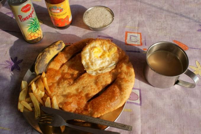 ネパールの食事