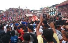 """生き神様""""クマリ""""に会えるネパールのお祭り「インドラジャトラ」に参加してきた"""