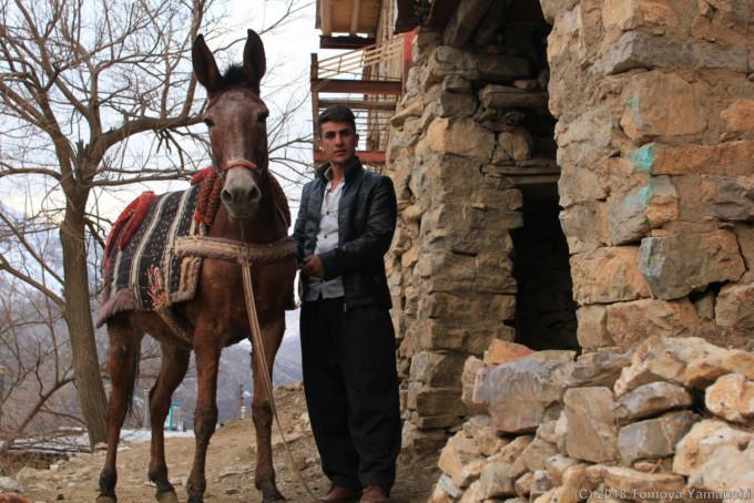ウラマンタフトで出会った青年と馬