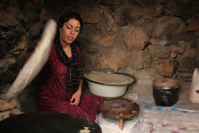 イランのジワル村のお宅