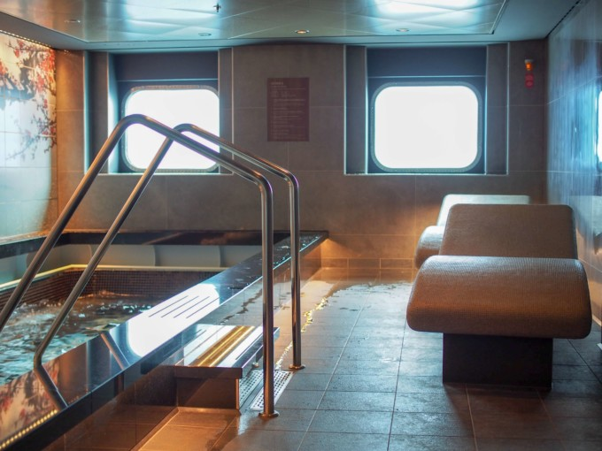 クルーズ船内のスパエリア