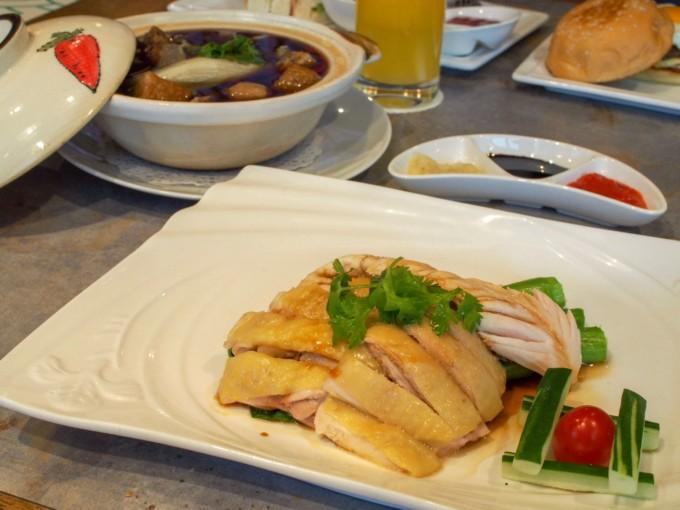 クルーズ船内のシンガポールレストラン食事