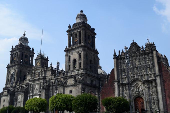 メキシコのカテドラル外観