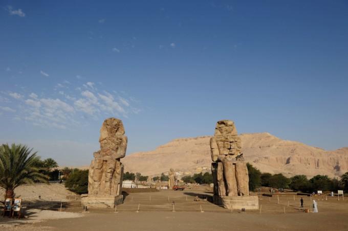 ルクソールにあるメムノンの巨像