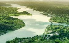 長く続くパナマ運河