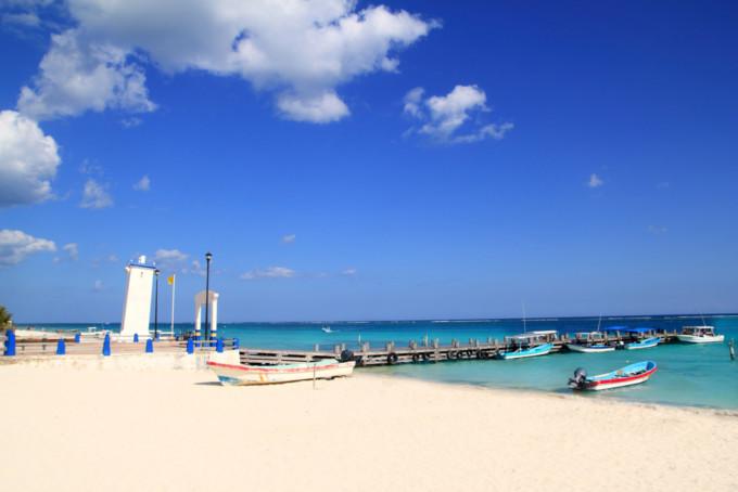 プエルトモレーロスの美しいビーチ