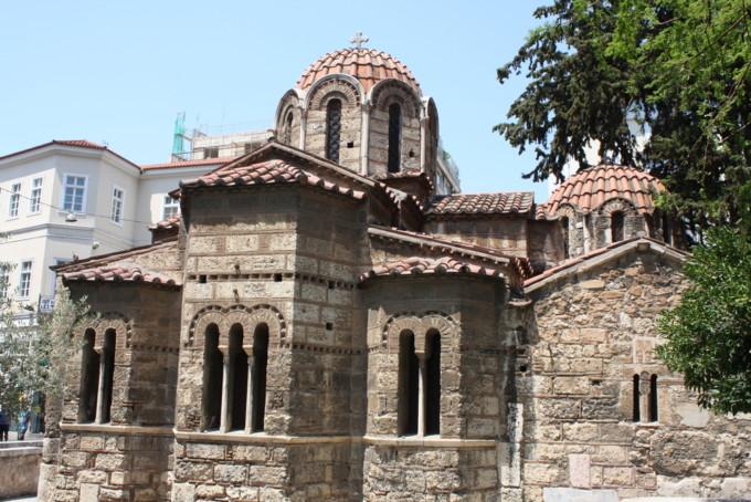 アテネにあるカプニカレア教会