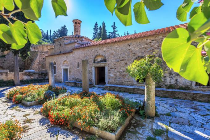 アテネにあるケサリアニ修道院