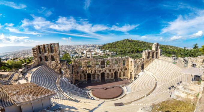 アテネにあるヘロデアッティクスのオデオン