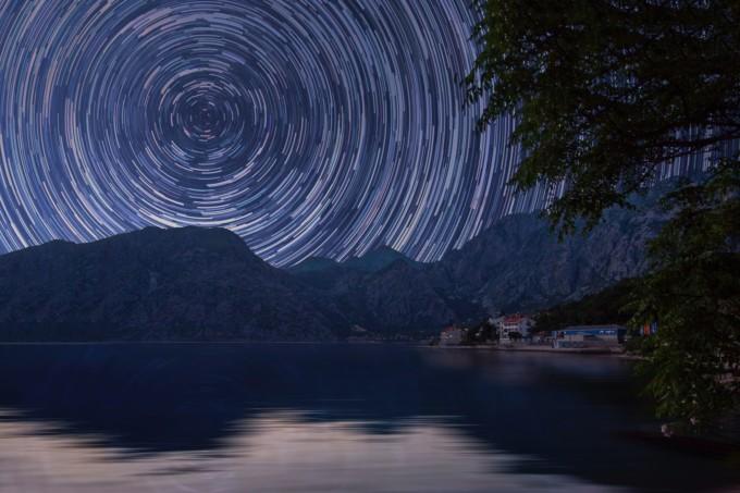 タイムラプスで撮影した星空