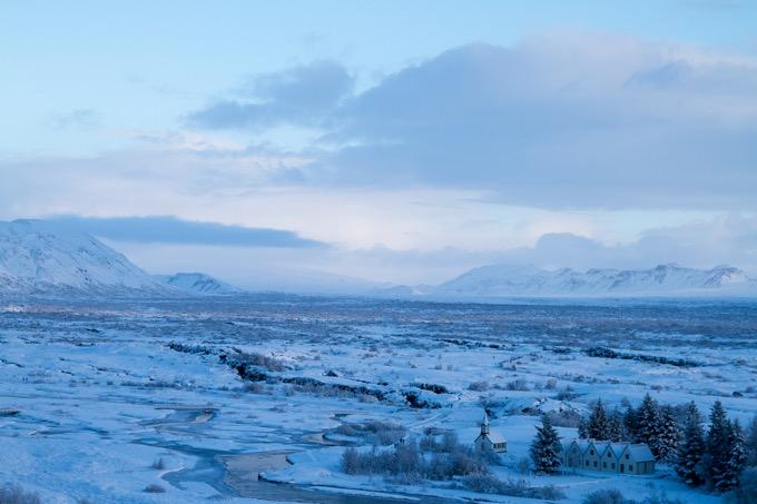 シンクヴェトリル国立公園(アイスランド語:Þingvellir)