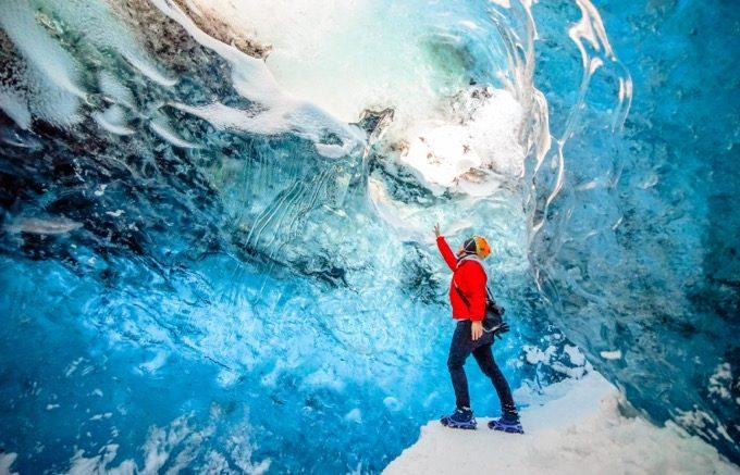アイスランドの氷の洞窟と氷河トレッキングを徹底解説(費用・場所・注意など)