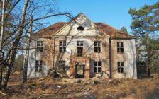 村まるごと美しい廃墟!ドイツにある旧ソ連軍の基地「フォーゲルザング村」