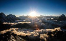 写真家・上田優紀が究極の極地8000m峰「マナスル」を写す旅へ