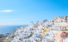 新婚旅行先に悩んでいる方に全力でプレゼンしたい、サントリーニ島の魅力・物価・過ごし方