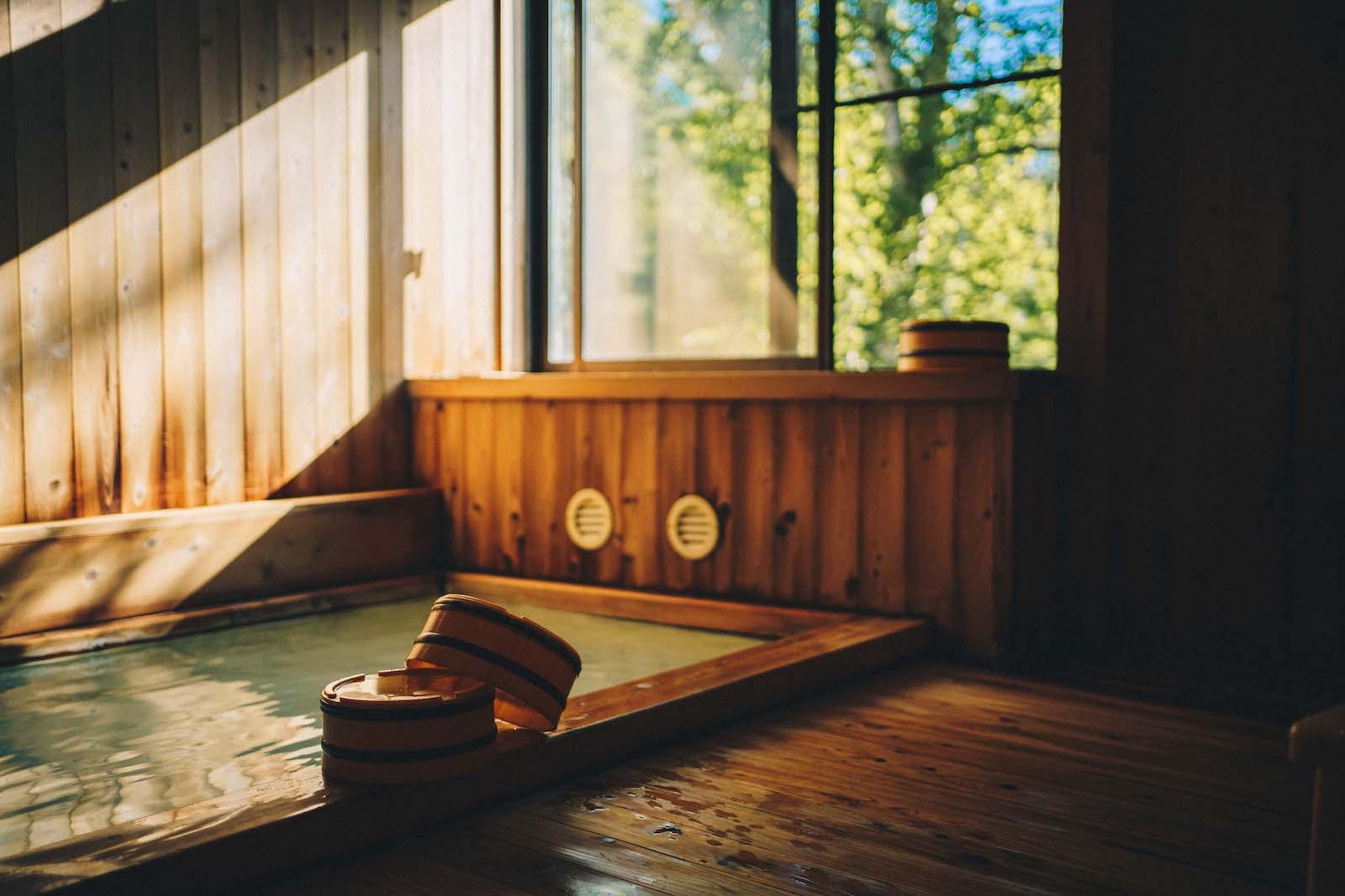 乗鞍高原の宿「ゲストハウス雷鳥」の館内