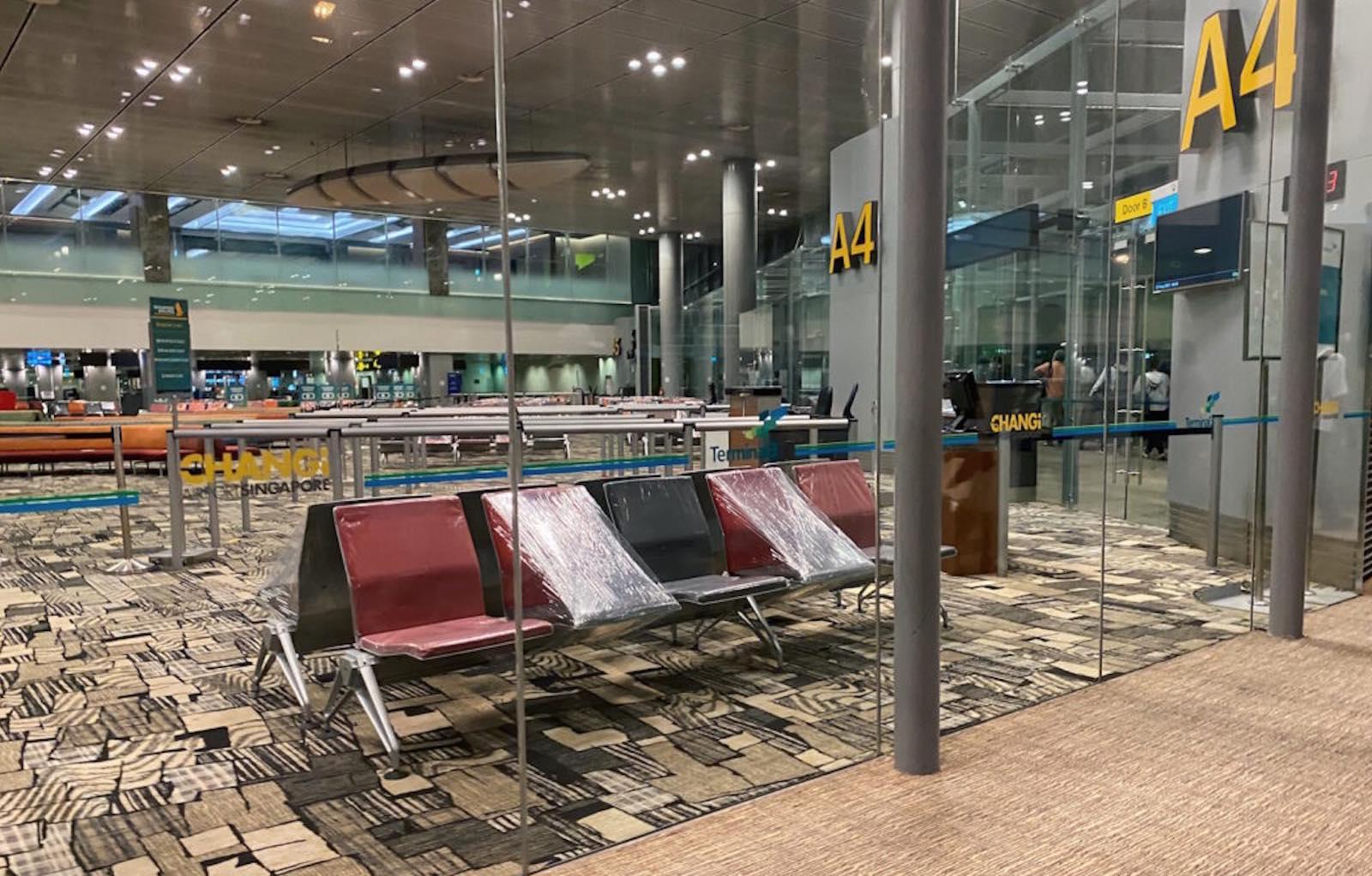 チャンギ空港でのトランジット