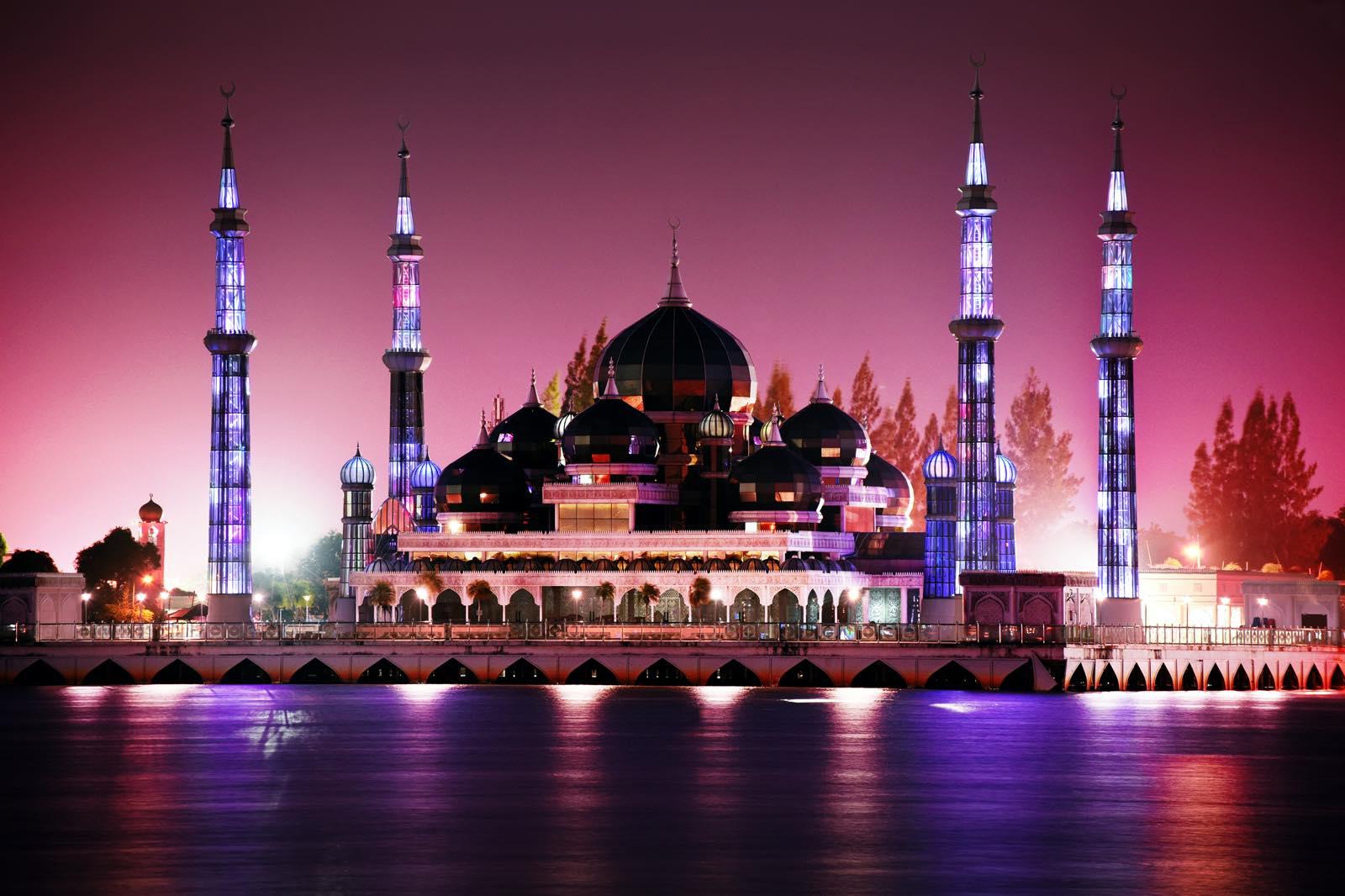 マレーシアのクリスタルモスク