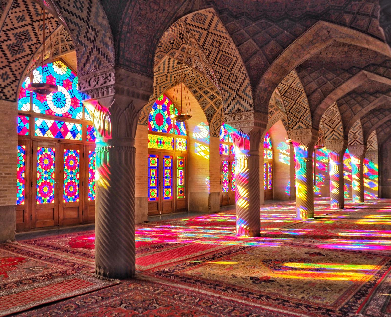 イランのマスジェデ・ナスィーロル・モスク