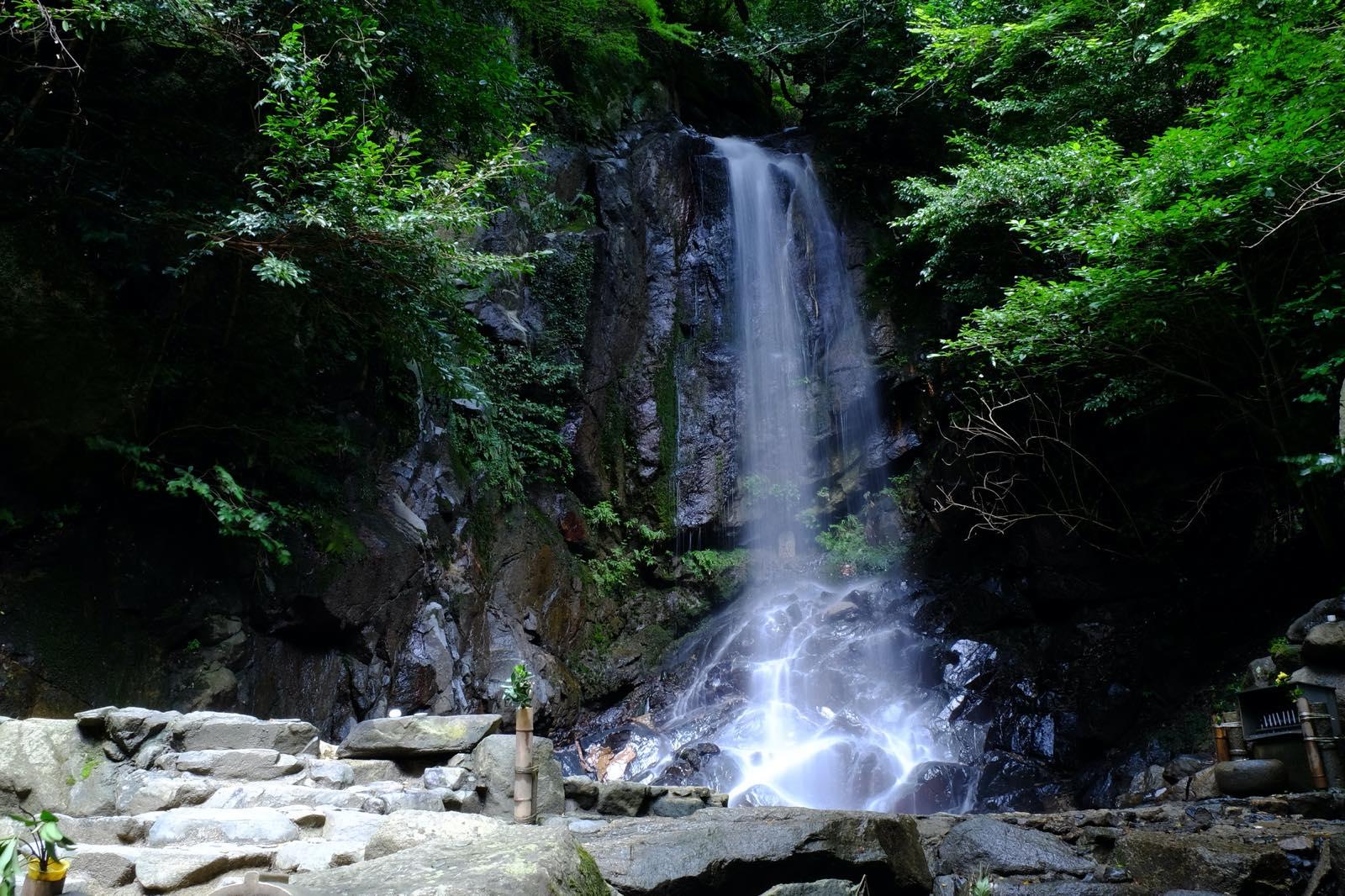 奈良県の桃尾の滝