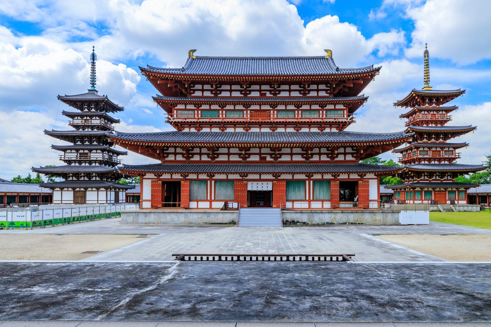 奈良県の薬師寺