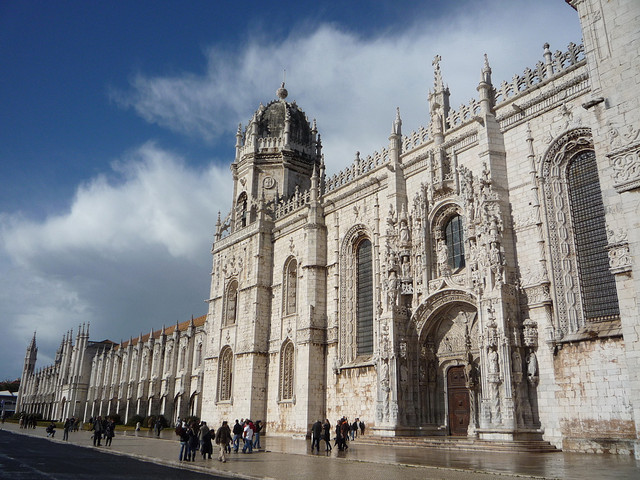 リスボンのジェロニモス修道院とベレンの塔